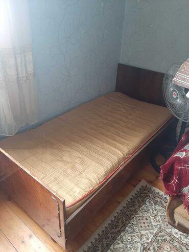 Продается одноместный кровать со своим матрасом