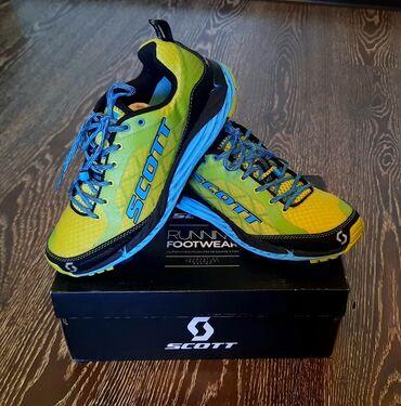 Продаются кроссовки для trail running. Бренд Scott, размер38