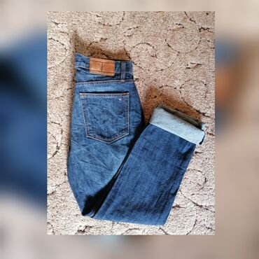 Original Tommy Hilfiger farmeke, kao nove, M Velicina, mom jeans