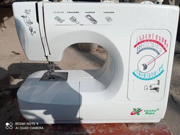 Электро швейная машинка - Кыргызстан: Швейная машинка почти новая марка Вера состаяния хорошая пользовались