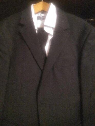 Поларис 48-50. Вместе с рубашкой в отличном состоянии. Один раз одет