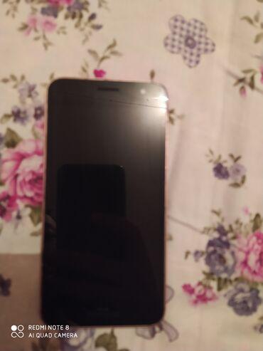Электроника - Кызыл-Кия: Б/у Samsung Galaxy J2 Core 8 ГБ Черный