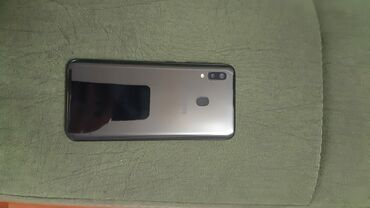 Samsung galaxy a20 32Gb телефон использовался 3 месяца можно сказать