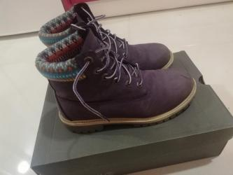 Lunar led - Crvenka: SNIŽENJE TIMBERLAND Cipele u ljubičastoj boji. Odlično su očuvane, noš