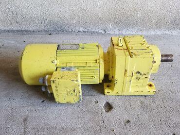 Elektromotor sa reduktorom SEW-EURODRIVE 2,2 kw r/min 1400/43Za sve