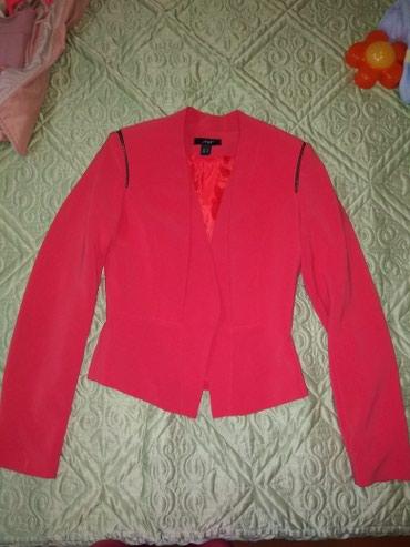 Женский пиджак размер S   в Кок-Ой