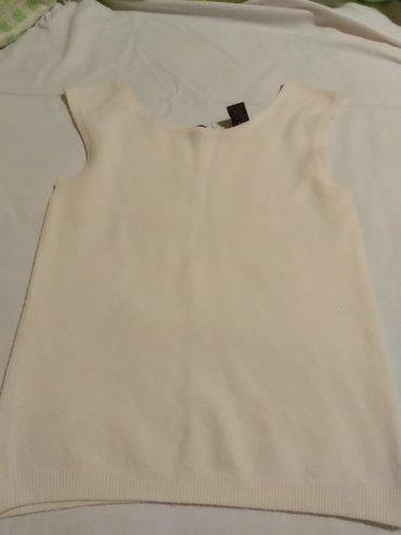 Majica bela Amerika vel m duzina 56 cm siri na 37 cm - Crvenka