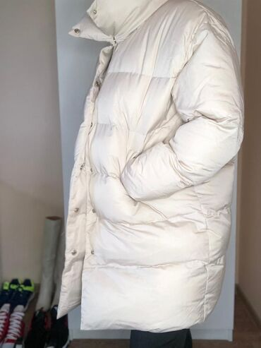 Купюры - Кыргызстан: Продаю куртки зимние, пуховики шубы 0