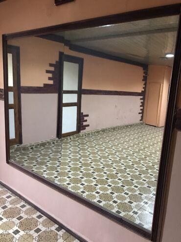зеркало в комнате в Кыргызстан: Зеркальное полотно 2 шт, каждое размером 1м*1,5м в идеальном состоянии