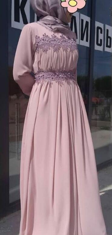 Личные вещи - Кызыл-Суу: Продаю нарядное розовое платье 46-48го размера, одевала только 1 раз