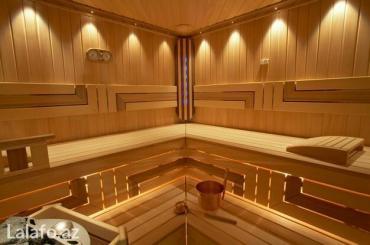Bakı şəhərində Fin sauna tikinti. Sauna tikintisi zamanı əsasən xaricdən gətirilən