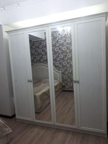 Шкаф. Практически новый. Состояние идеальное. Размер: Ширина 210 см