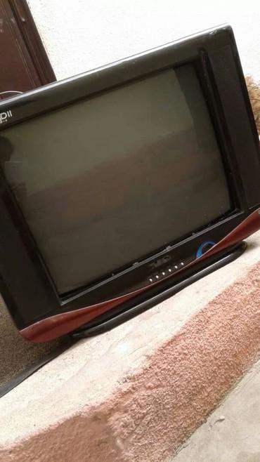 Продаю телевизор состояние идеальное отдам за 2000с... в Токмак