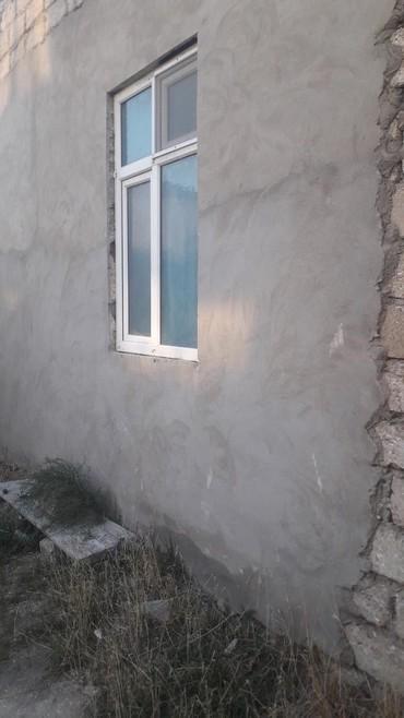 telifon - Azərbaycan: Yeni suraxanida 17metir uzunu zal 3 yataq otaqi 2.5 sotun icinde
