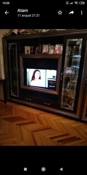 Televizor stendi ela veziyyetde sag sol terefleri suselidi qab