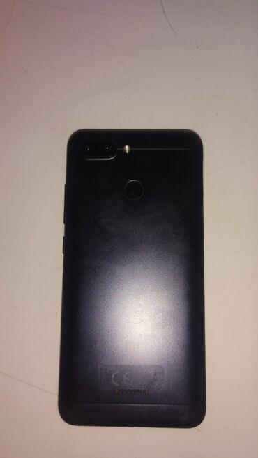 Б/у Xiaomi Redmi 6 32 ГБ