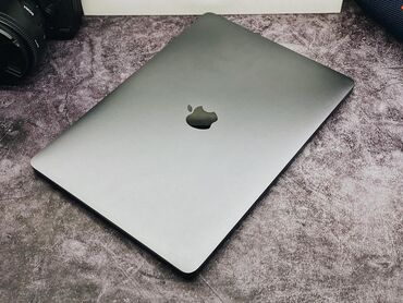 Ноутбуки и нетбуки - Бишкек: Apple Macbook Pro 13-дюймов⠀ Год 2017⠀ Память 8/128 гб⠀ Процесс