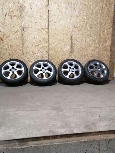 шины 195 65 r15 лето купить в Кыргызстан: Оригинальные Диски с шинами в идеальном состоянии состоянии на Xонду