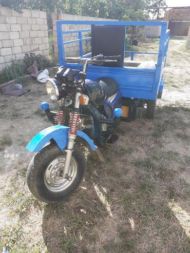 Nəqliyyat Salyanda: Suzuki