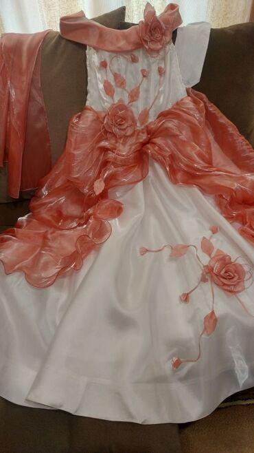 Детский мир - Кировское: Продам платье на 11-12 лет,размер 36. В комплект входит накидка,белые