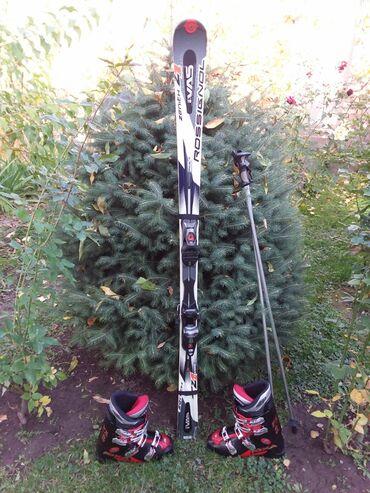 Лыжи - Кыргызстан: Продаю лыжи в отличном состоянии, есть ботинки 30,5см пр. Италия