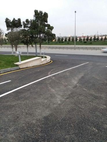 Xırdalan şəhərində Yolun kenari ilk yer 30 sot 1sotunun qiymeti 10000 azn.razilasmaq
