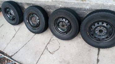 диски на тойота камри в Кыргызстан: Продаю диски с зимней резинойДиски Р14. Состояние дисков очень