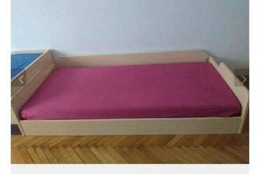 Kuća i bašta - Mali Zvornik: Krevet u veoma dobrom stanju.Cena po dogovoru,a za vise informacija