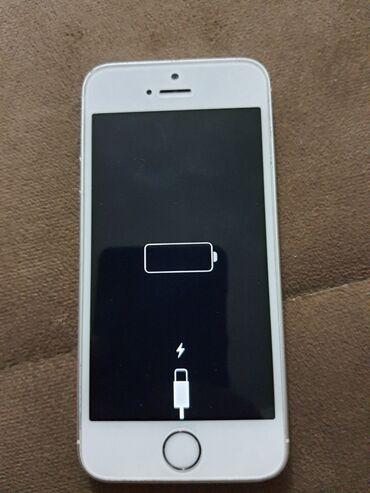 Mobilni telefoni - Leskovac: Polovni iPhone 5s 16 GB Tamno-siva (Space Grey)