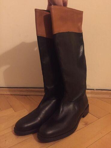 Итальянские демисезонные кожаные сапоги от итальянского бренда Guja