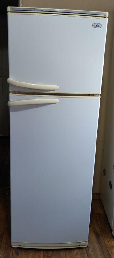 Б/у Двухкамерный | Белый холодильник Atlant