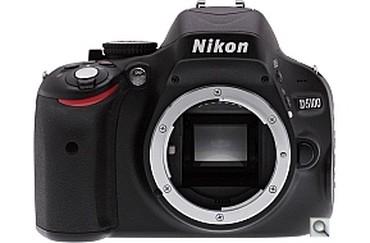 nikon d5100 в Кыргызстан: Nikon D5100 body на запчасти  Перегорела плата. Остолтное все в идеале