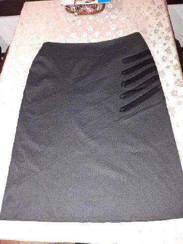 Kvalitetna suknja kao nova vel. 48