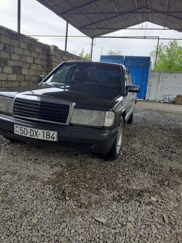 Mercedes-Benz 190 2 l. 1990 | 2500 km