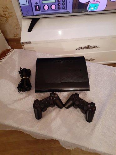 Playstation 3 Super Slim - 500gb. Evde istifade olunub. Klub mali