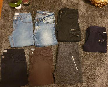 Ženske pantalone, teksas farmerke, helanke, biciklističke. Nisu iste