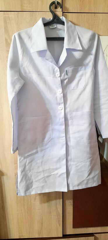 мужские куртки зимние бишкек в Кыргызстан: Продаю классную лёгкую удобную курточку .хорошего качества почти новый