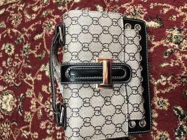 сумка juicy couture в Кыргызстан: Срочно продаю сумки, сумки разных размеров, поясная сумка, маленькая с