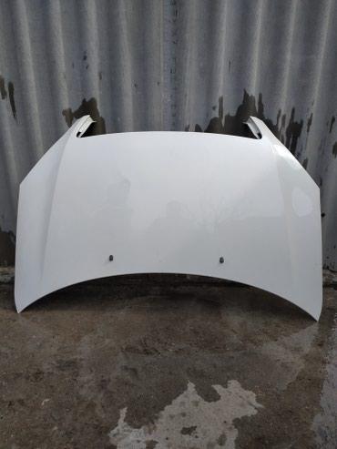Продаю капот на тойту. Ipsum(Avensis verso) в отличном состоянии! в Бишкек