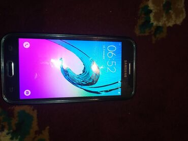 Б/у Samsung Galaxy J2 2016 8 ГБ Черный