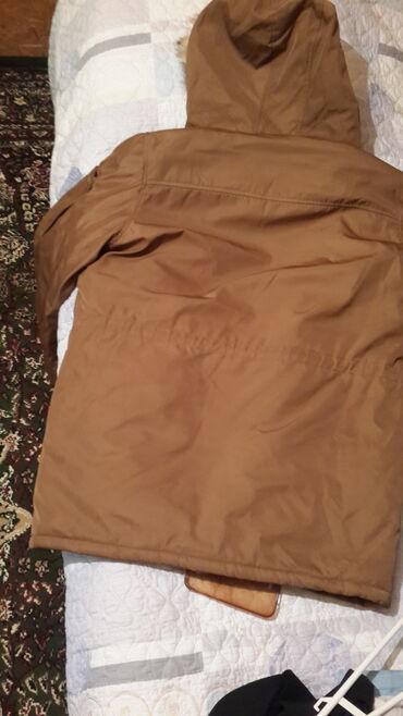 Мужская одежда - Джалал-Абад: Продается куртка зимняя от bershka (fall winter 19). Из ограниченной с