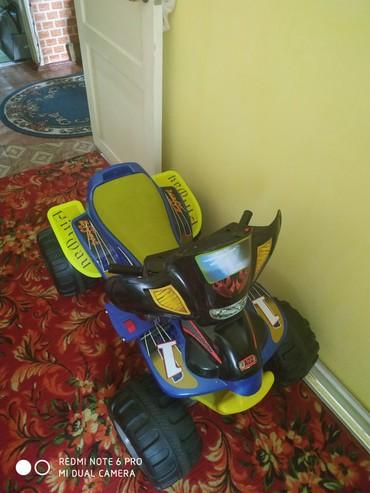 Продаю детский квадроцикл на аккамуляторе. в Лебединовка