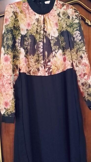 Платья - Джалал-Абад: Шифоновое платье в пол очень красивая с поясом покупала за 3000