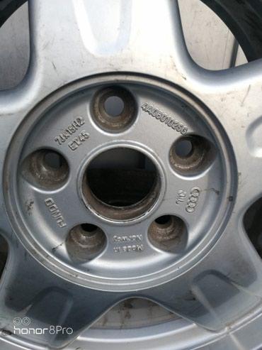 диски на ауди 100 в Кыргызстан: Один диск на ауди 100 или А 6 . Новая резина. На 215х60х15