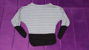 Bluza, veličina S - Jagodina