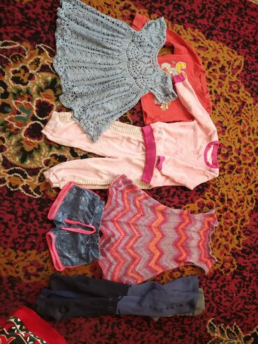 Детский мир - Кемин: Продаю пакет одежды на девочку 1-3 года. За весь комплект 200с. Вещи в