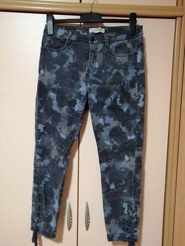 Ženska odeća | Mladenovac: H&M pantalone  Velicina 38 Za vise informacija, pitajte :)