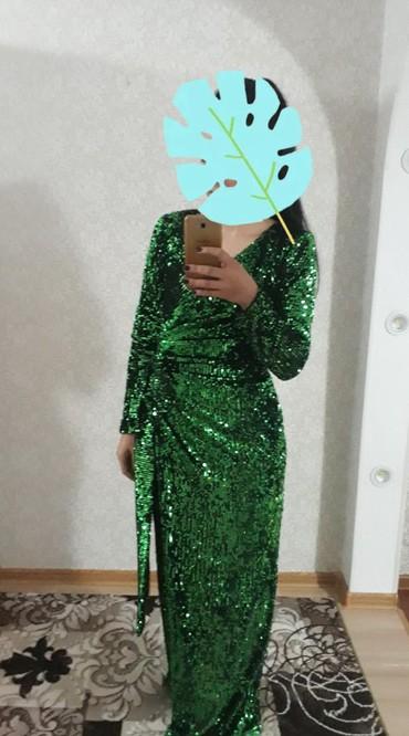 Личные вещи в Кант: Продам платье, очень красивое, сидит идеально. Размер S (это 44), но