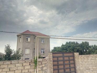 Bakı şəhərində Masdaqa yolunun ustu 3 mertebe vila 3 sotun icinde(,torpaq artiqda