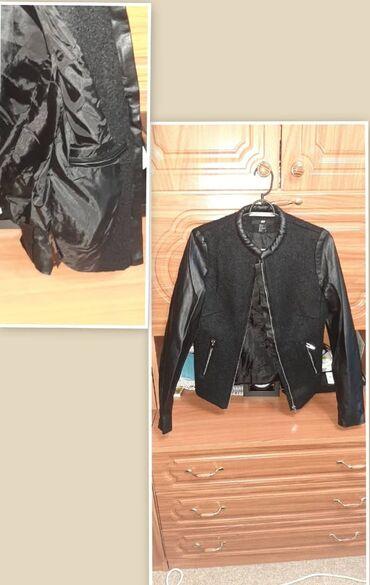Женская куртка,фирменная.Размер 42-44-46,состояние хорошее